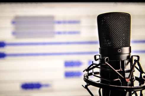 black recordering microphone